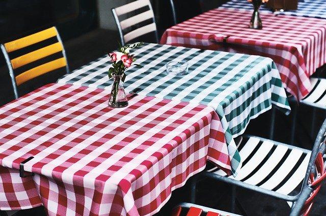 海外のテーブルクロス