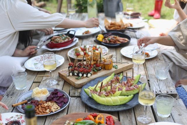 海外で人気のピクニックのおつまみ