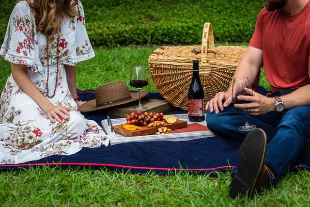 ピクニックとワイン